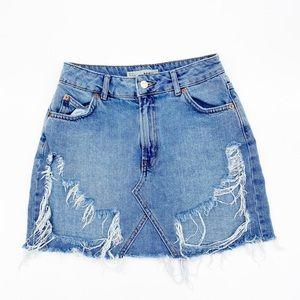 Distressed Hi Rise Topshop Denim Skirt Size 4